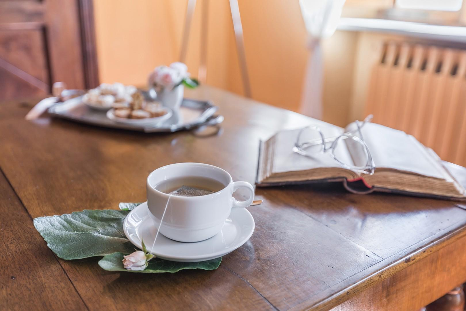 Enjoy your morning coffee or do some work at the writing desk in front of the windows.