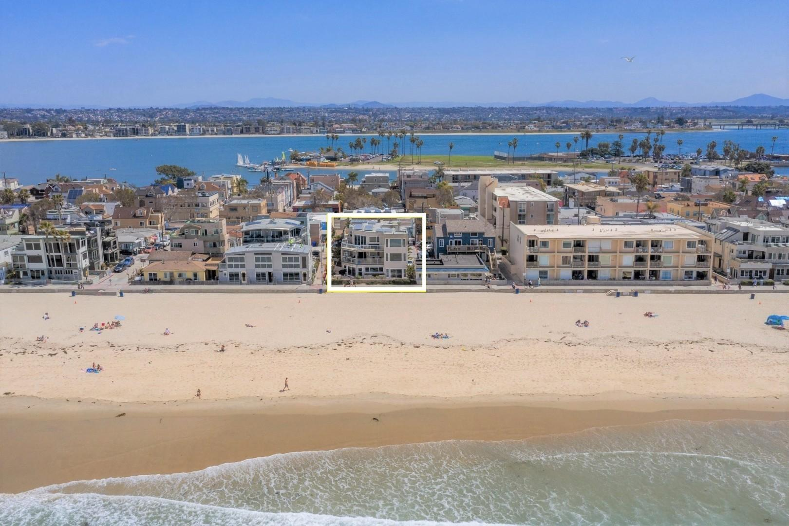 Mission_Beach_Oceanfront_Airbnb