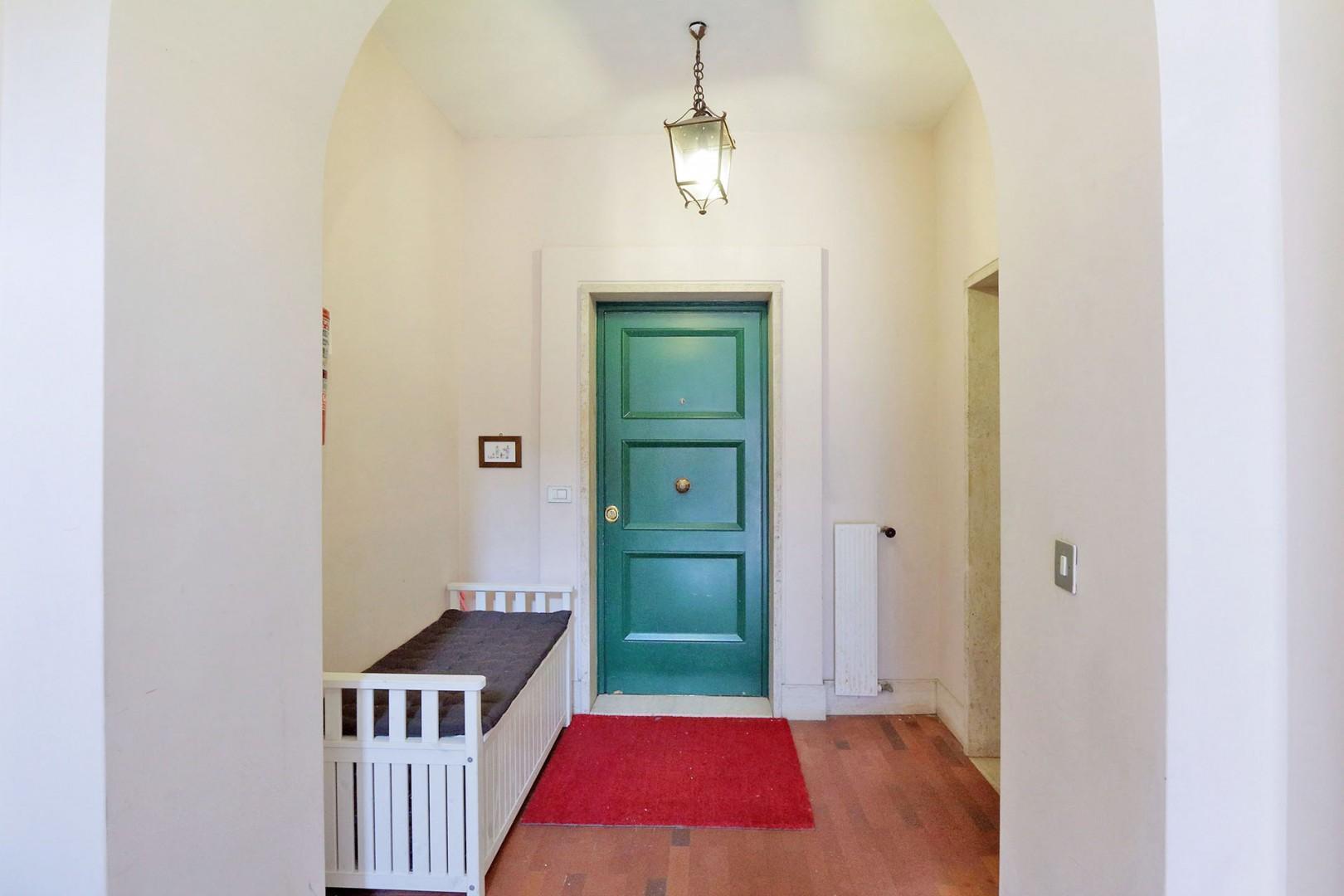 Viola apartment entry.