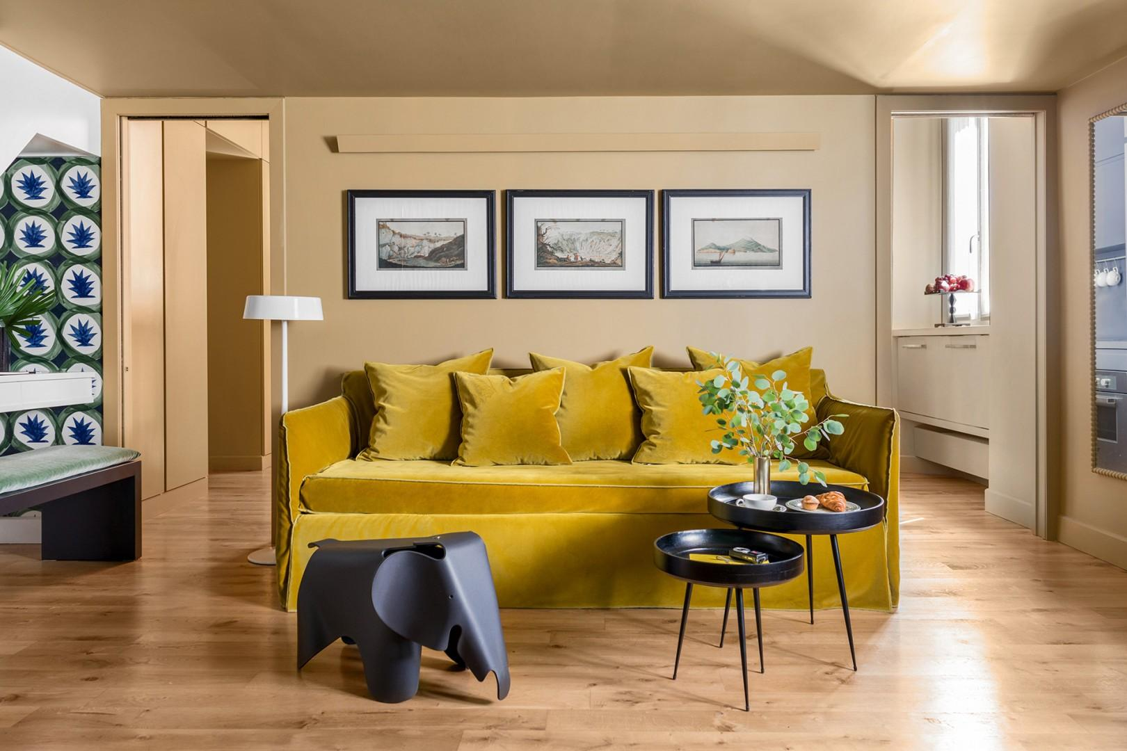 Princess Paolina apartment offers elegant accommodation in an excellent location.