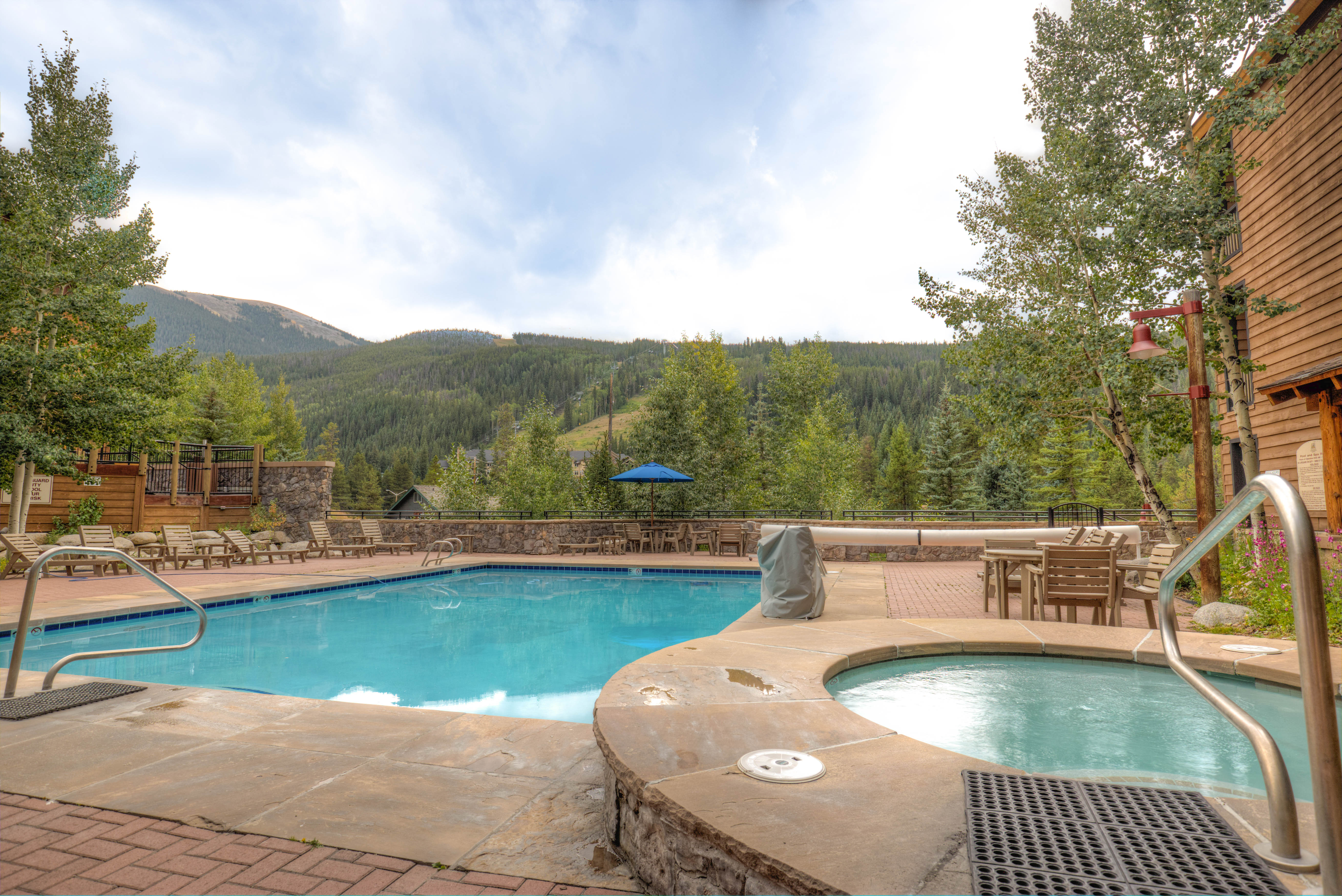 Guests of River Run Townhomes have access to the shared pool and hot tubs at Dakota Lodge.