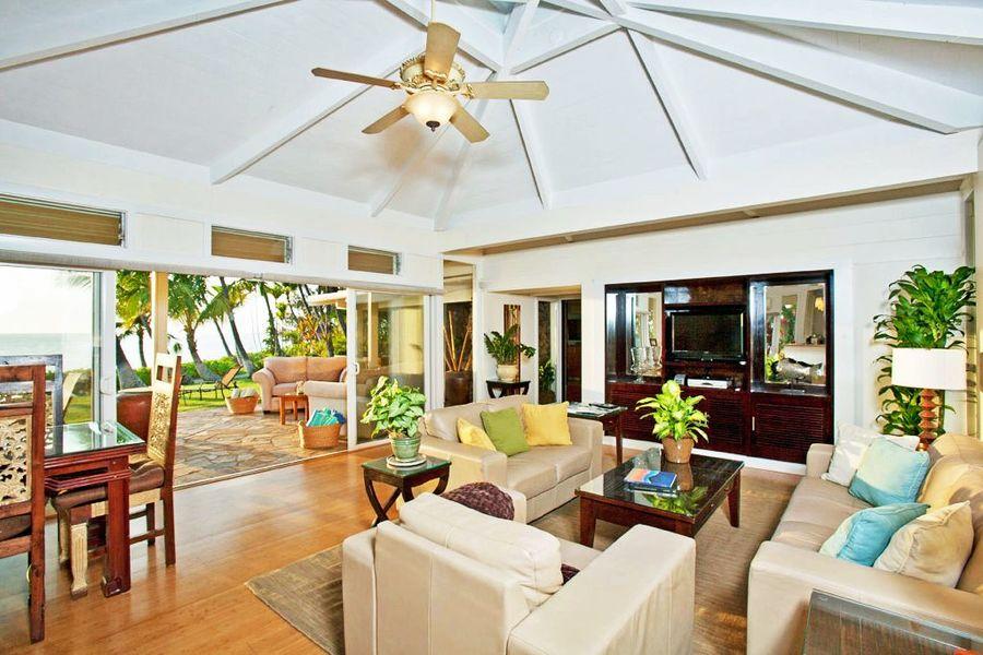 Indo Loutus Beach House