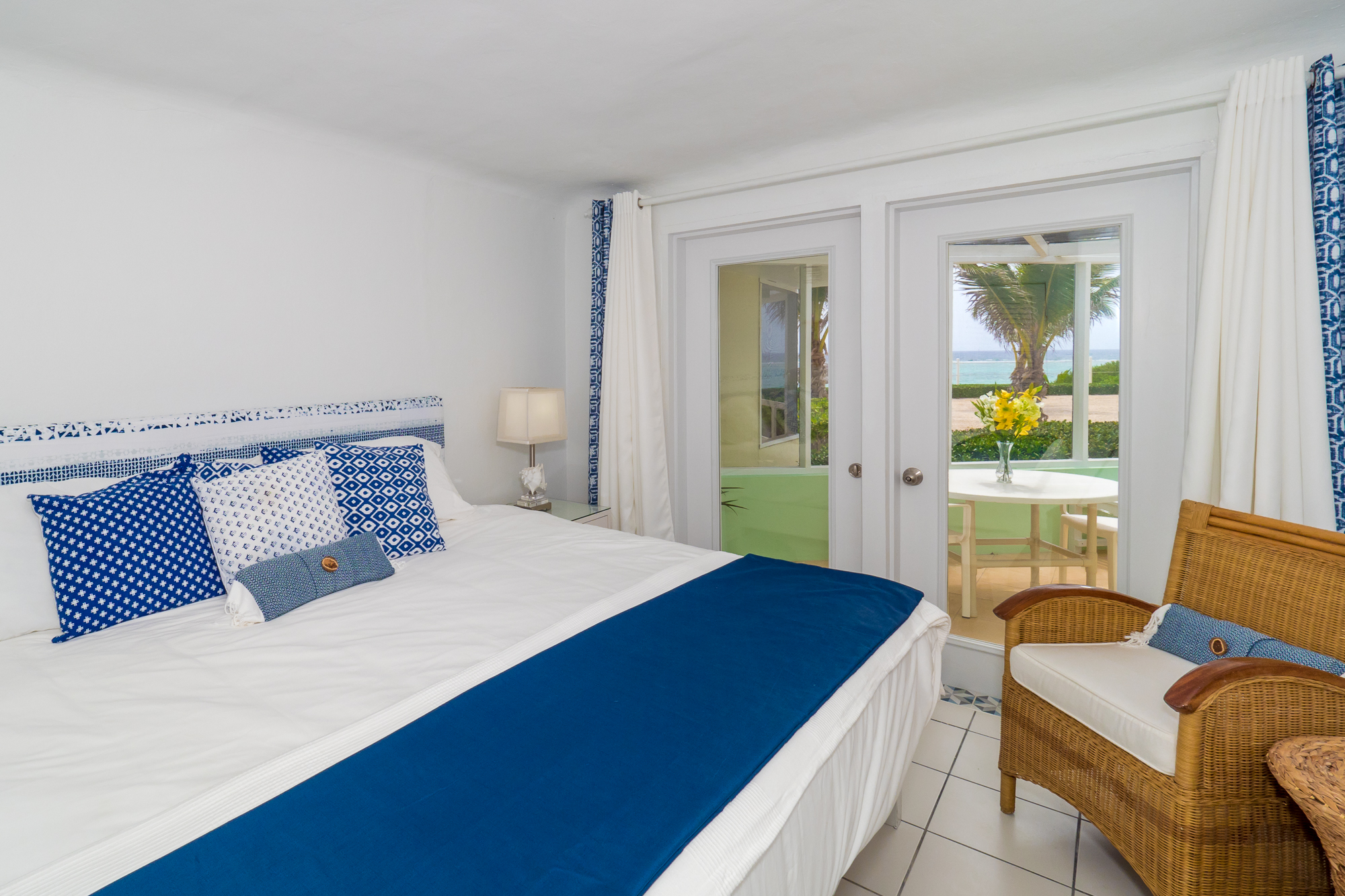 Sea Biscuit King Oceanfront Bedroom