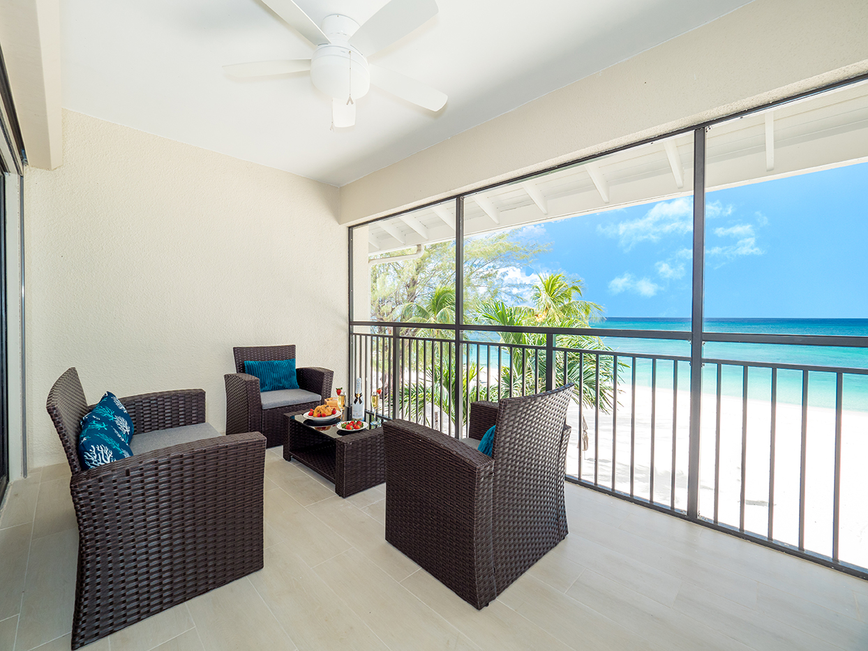 Casa Caribe Penthouse Oceanfront Lanai