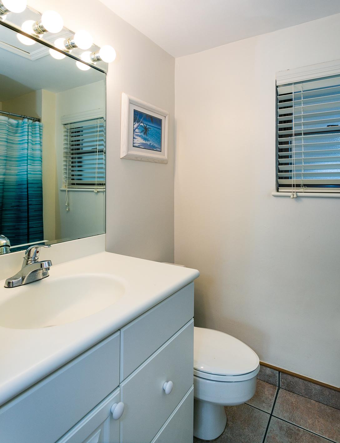 Georgetown Villas #201 Master Bath