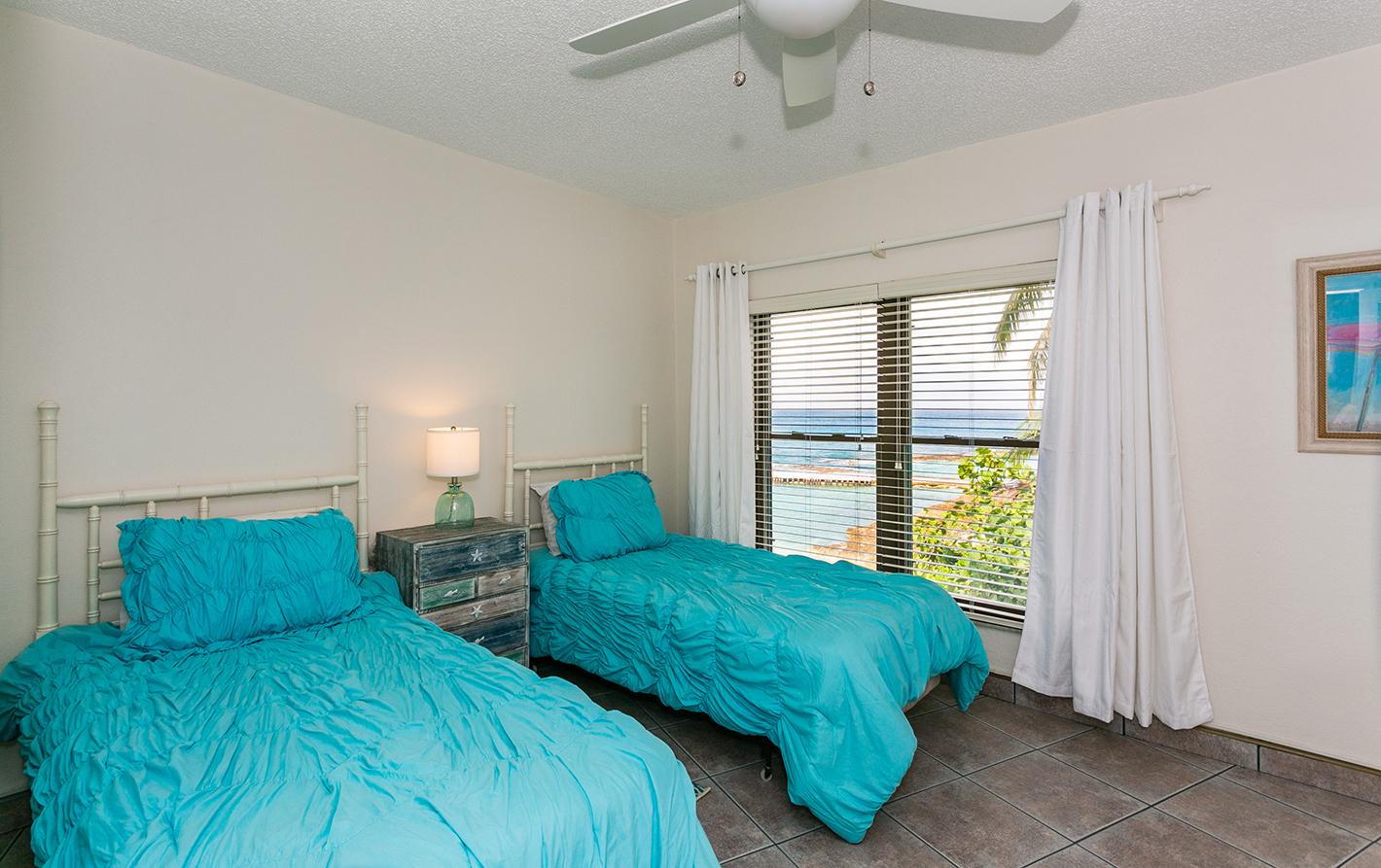 Georgetown Villas #201 Guest Bedroom
