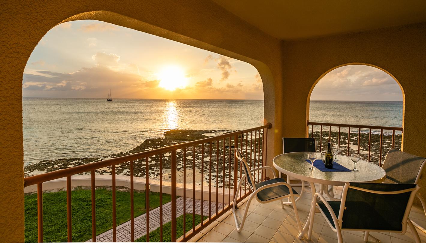Georgetown Villas #201 Oceanfront Lanai