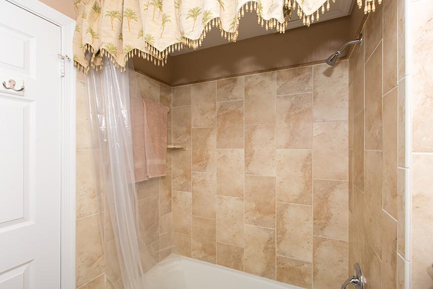 Georgetown Villa 203 Guest Bath