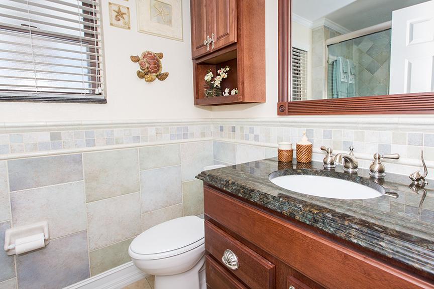 Georgetown Villa 203 Master Bath