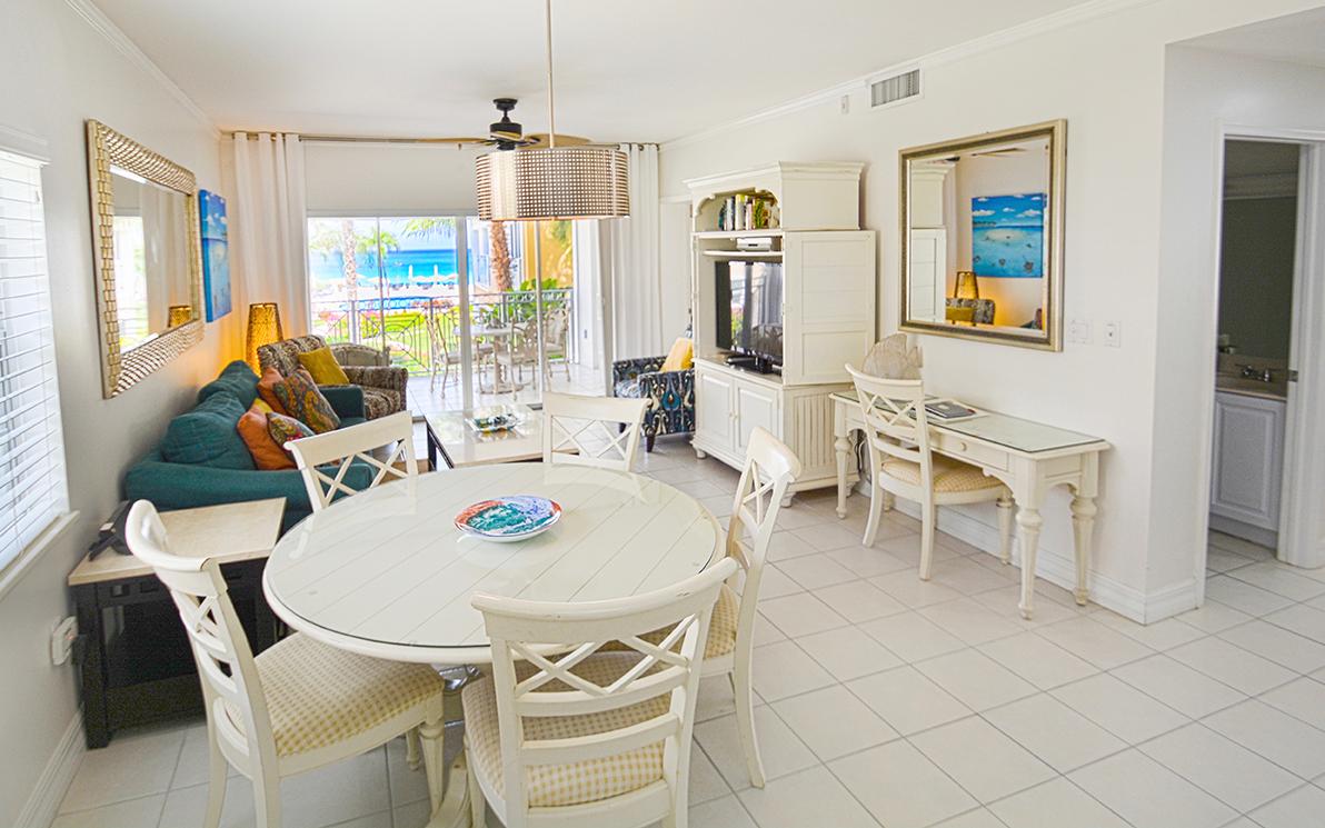 Regal Beach Club #523 Dining Area