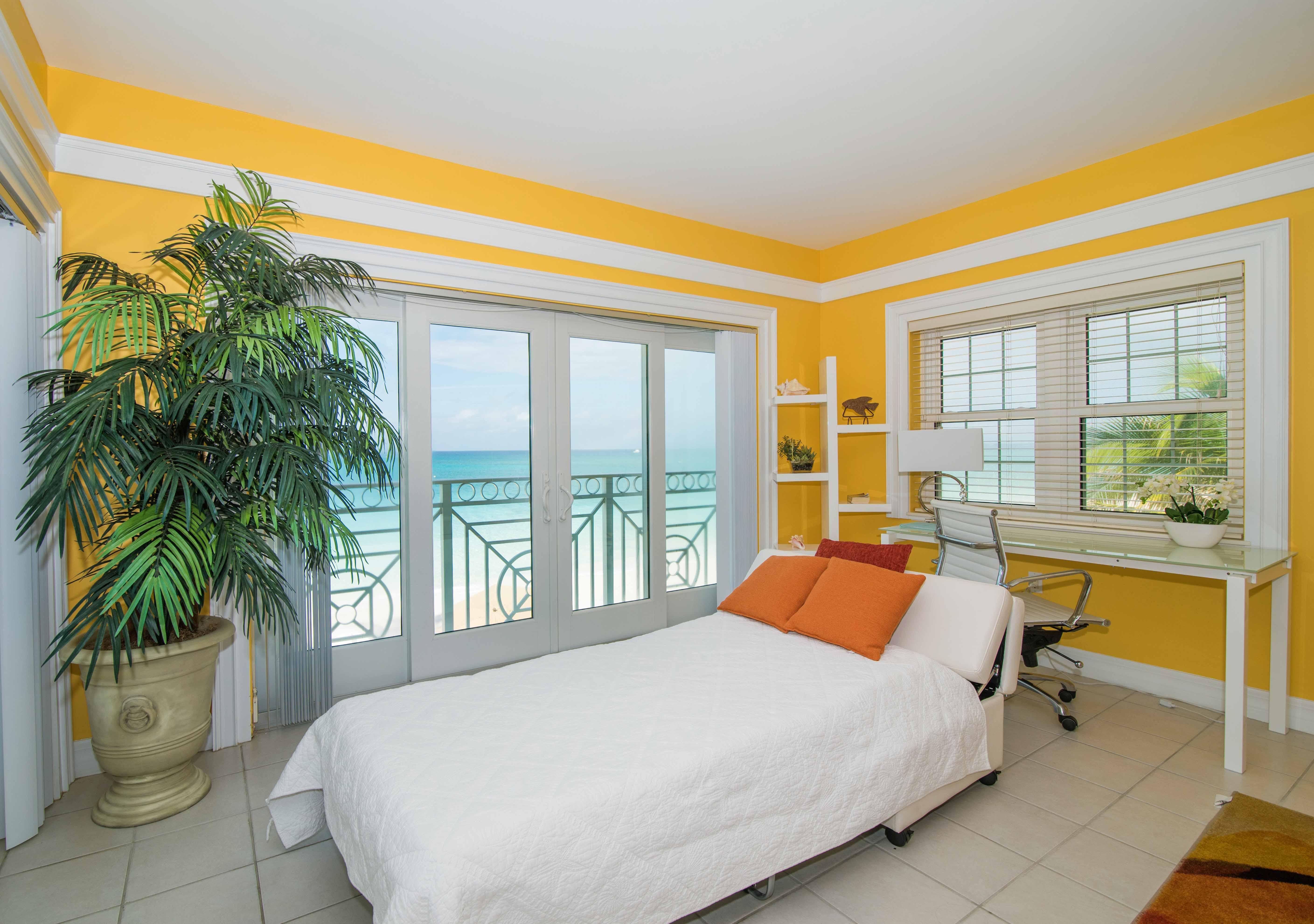 Regal Beach 624 Sleeper Sofa