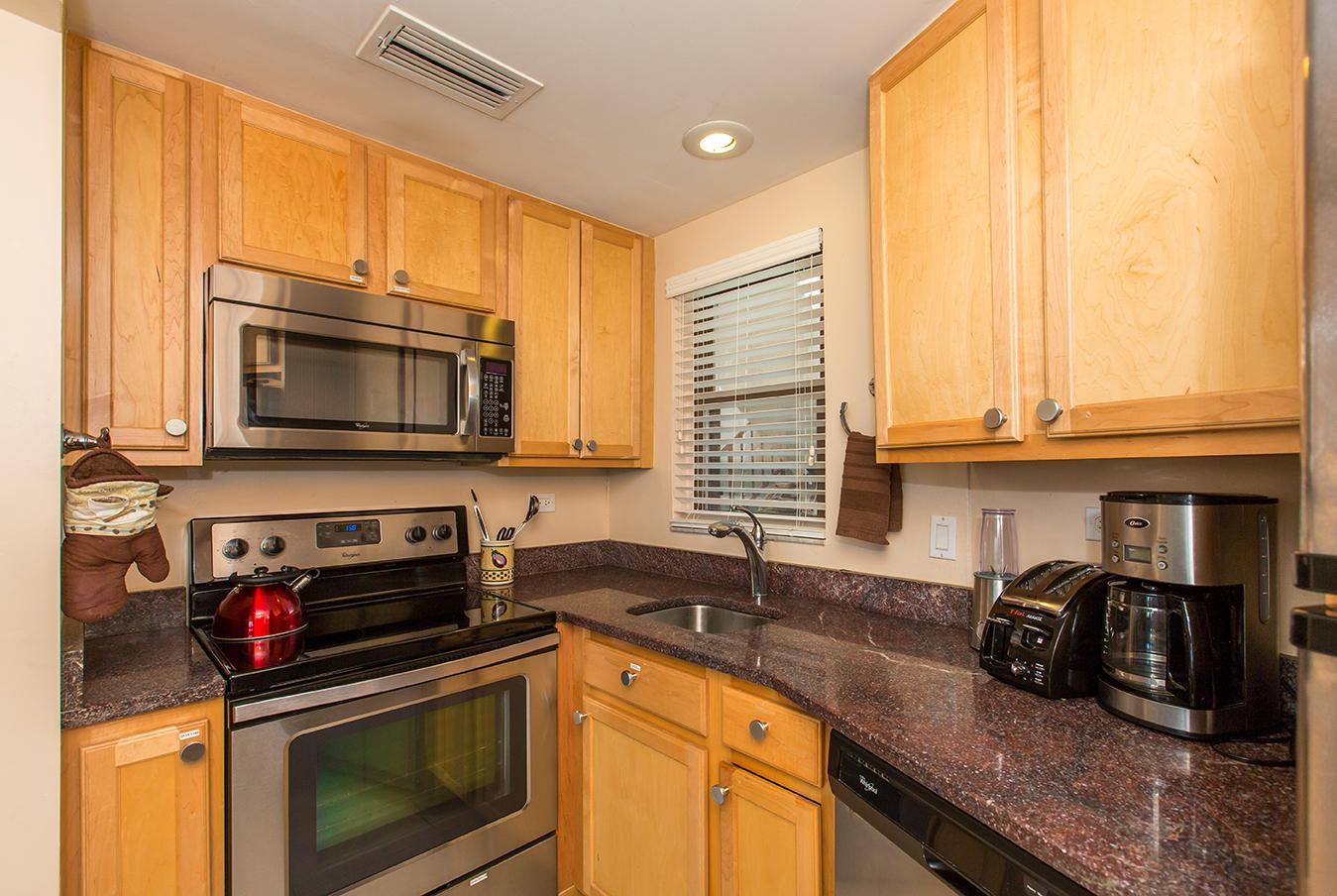 Georgetown Villas 218 Kitchen