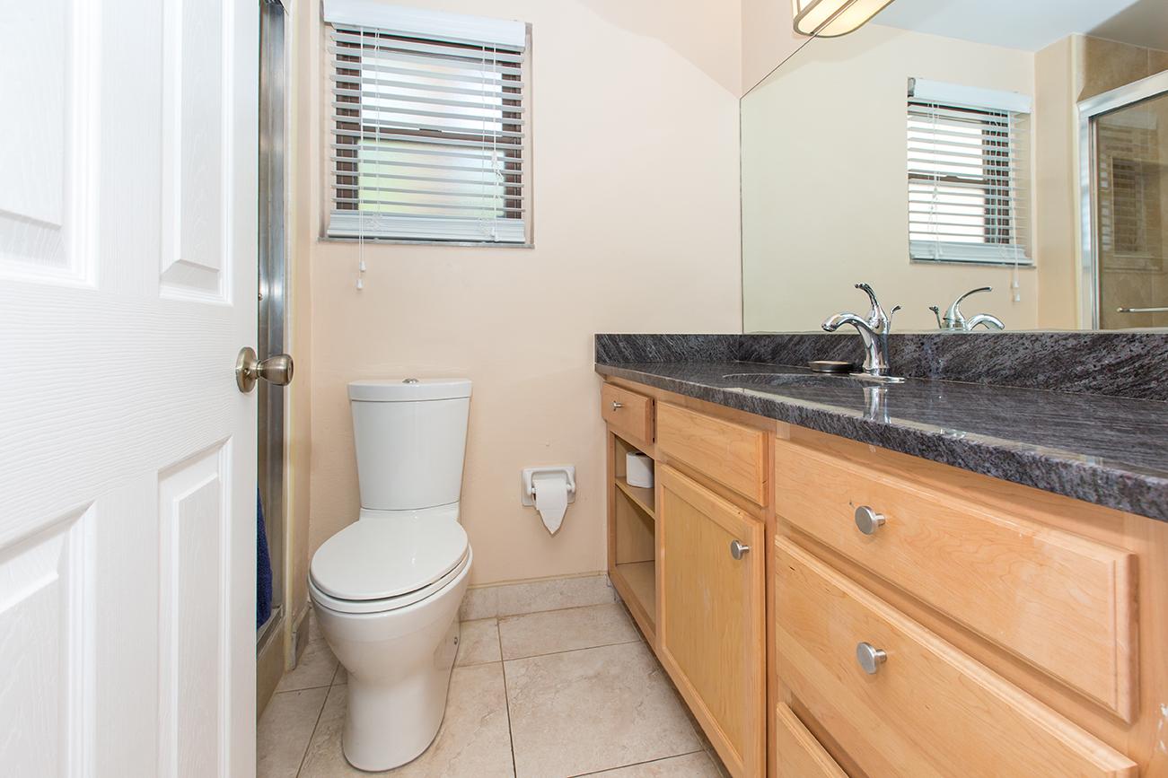 Georgetown Villas 218 Master Bath