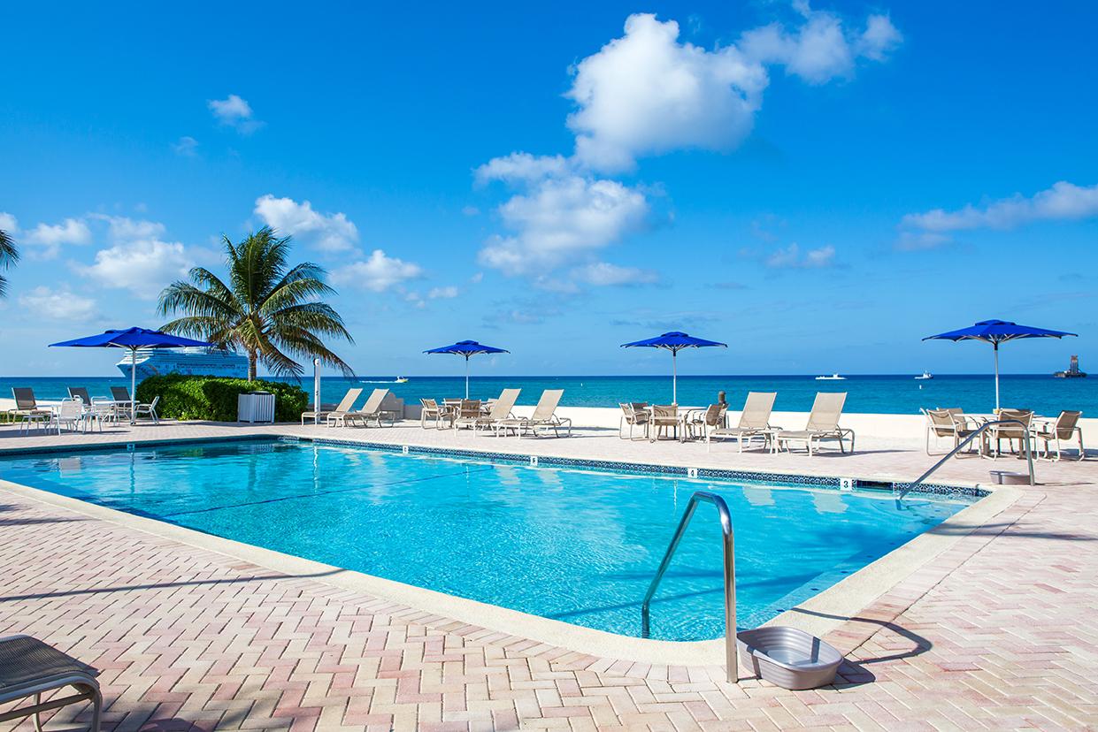 Georgetown Villas Oceanfront Pool