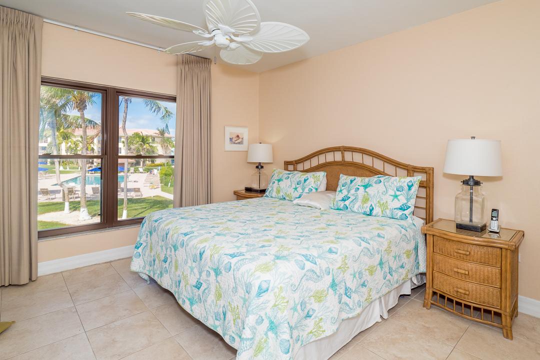 Georgetown Villas 218 Oceanfront Master Bedroom