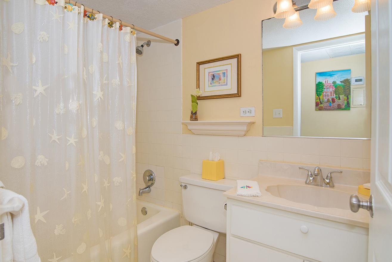 Cocoplum #3 Guest Bath