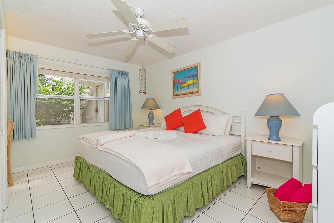 Cocoplum #1 King Guest Bedroom