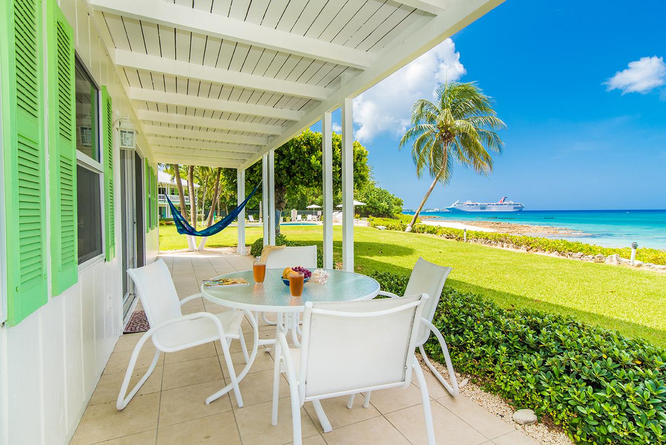 Cocoplum #1 Ocean Front Alfresco Dining