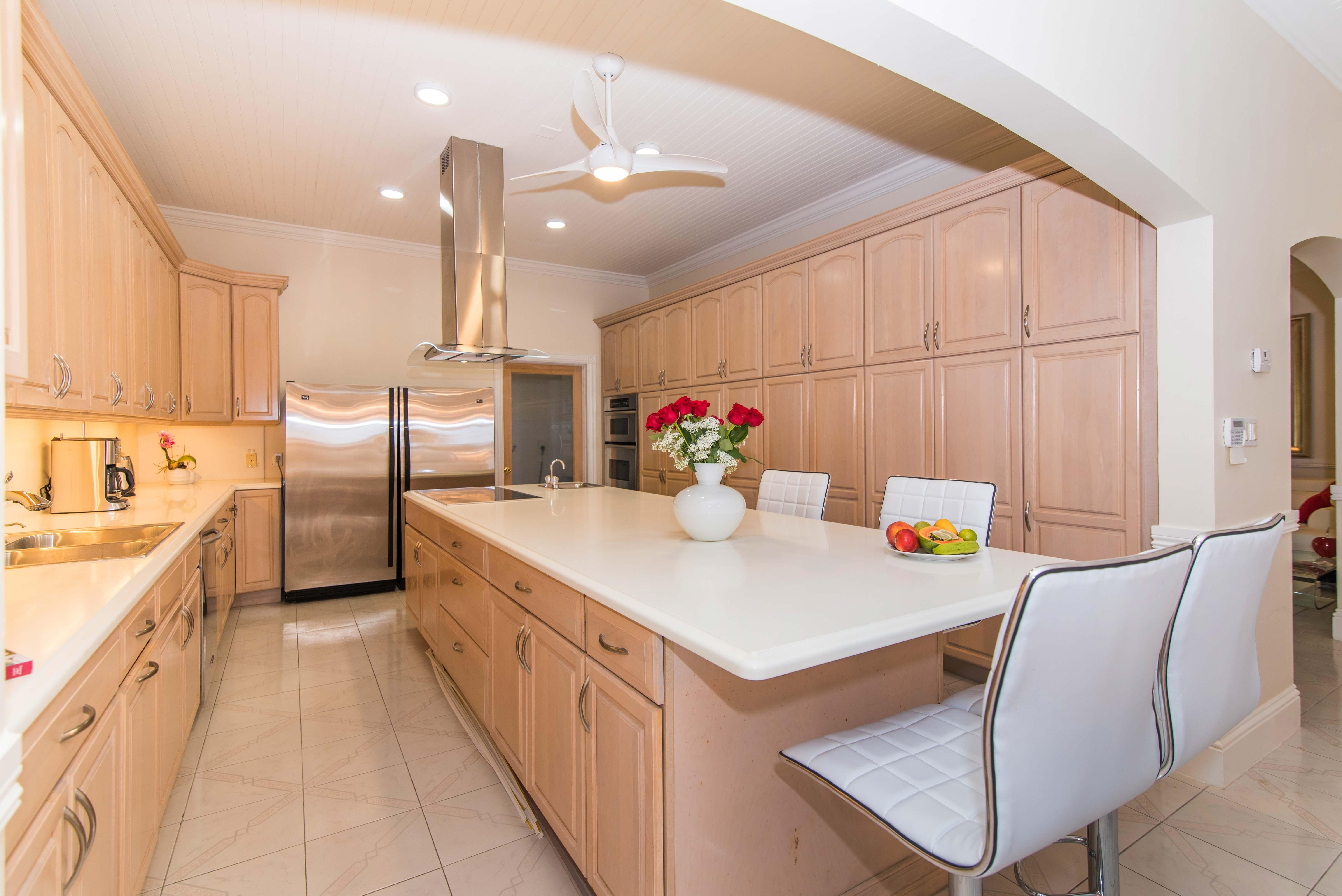 Sprat Bay Oceanfront Kitchen