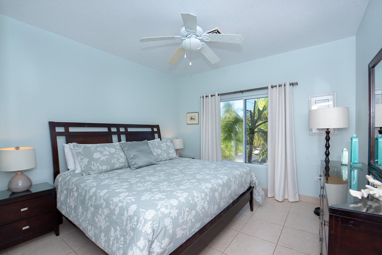 Callie Kai King Guest Bedroom