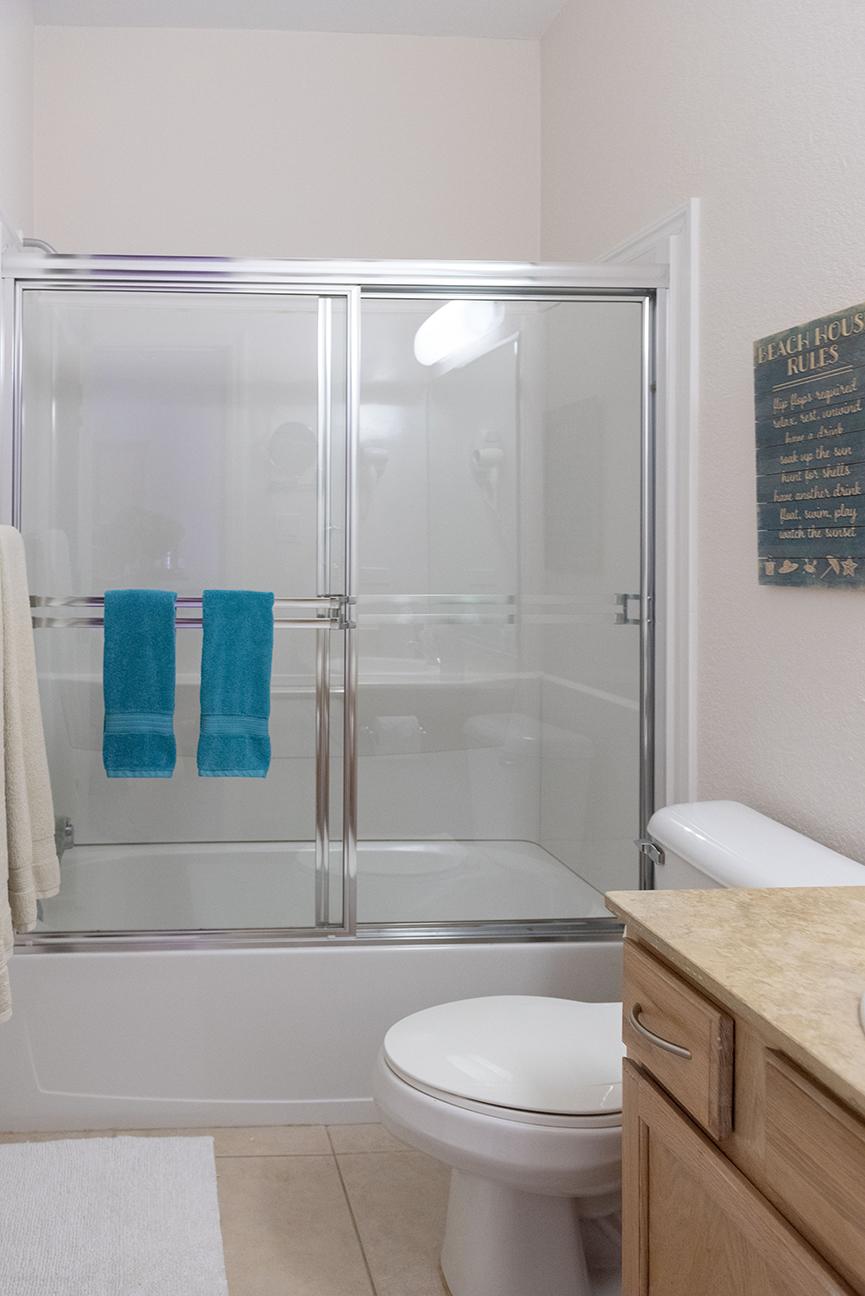Callie Kai Guest Bath