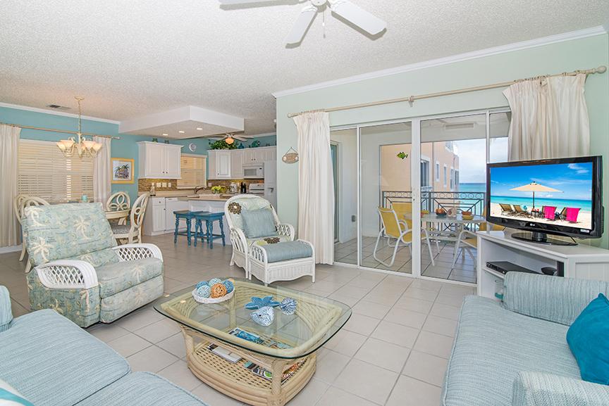 Regal Beach Club 122 Living Area
