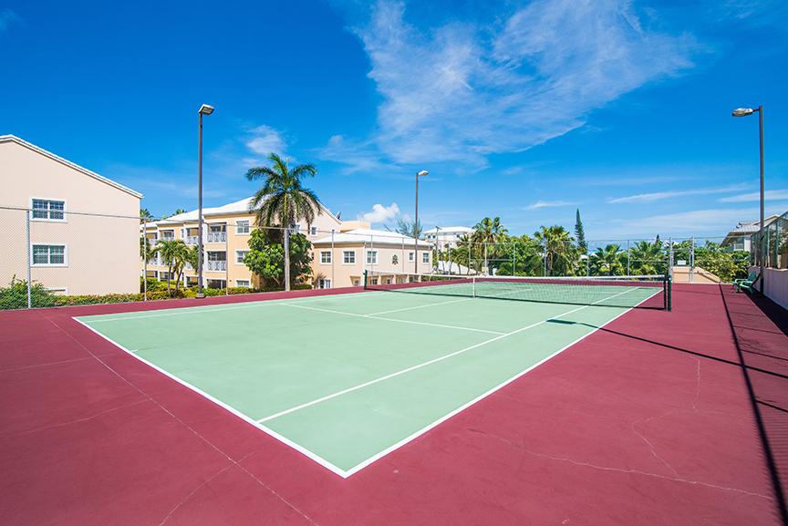 Regal Beach Club Tennis Court