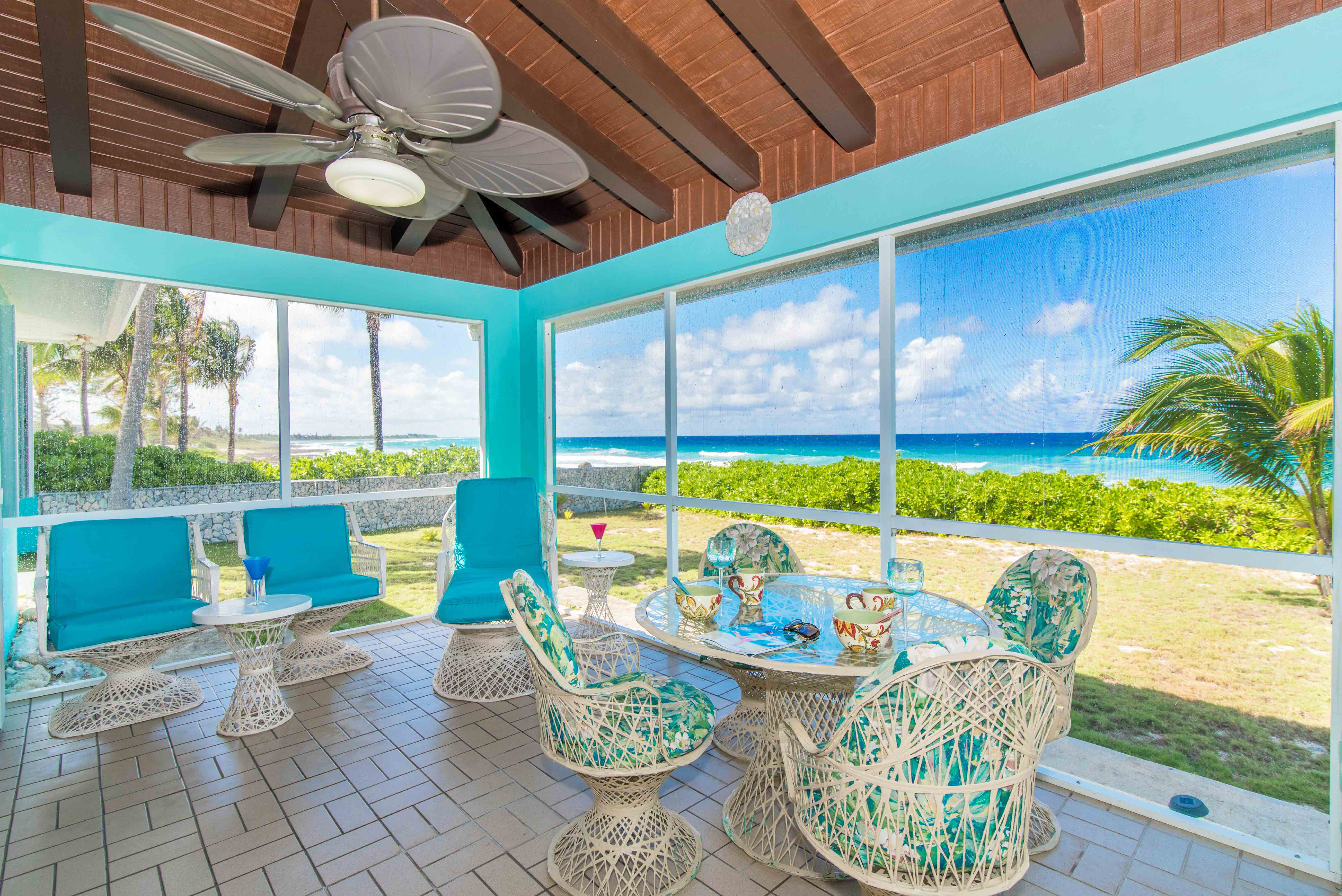 Blue Vista Oceanfront Screened Lanai