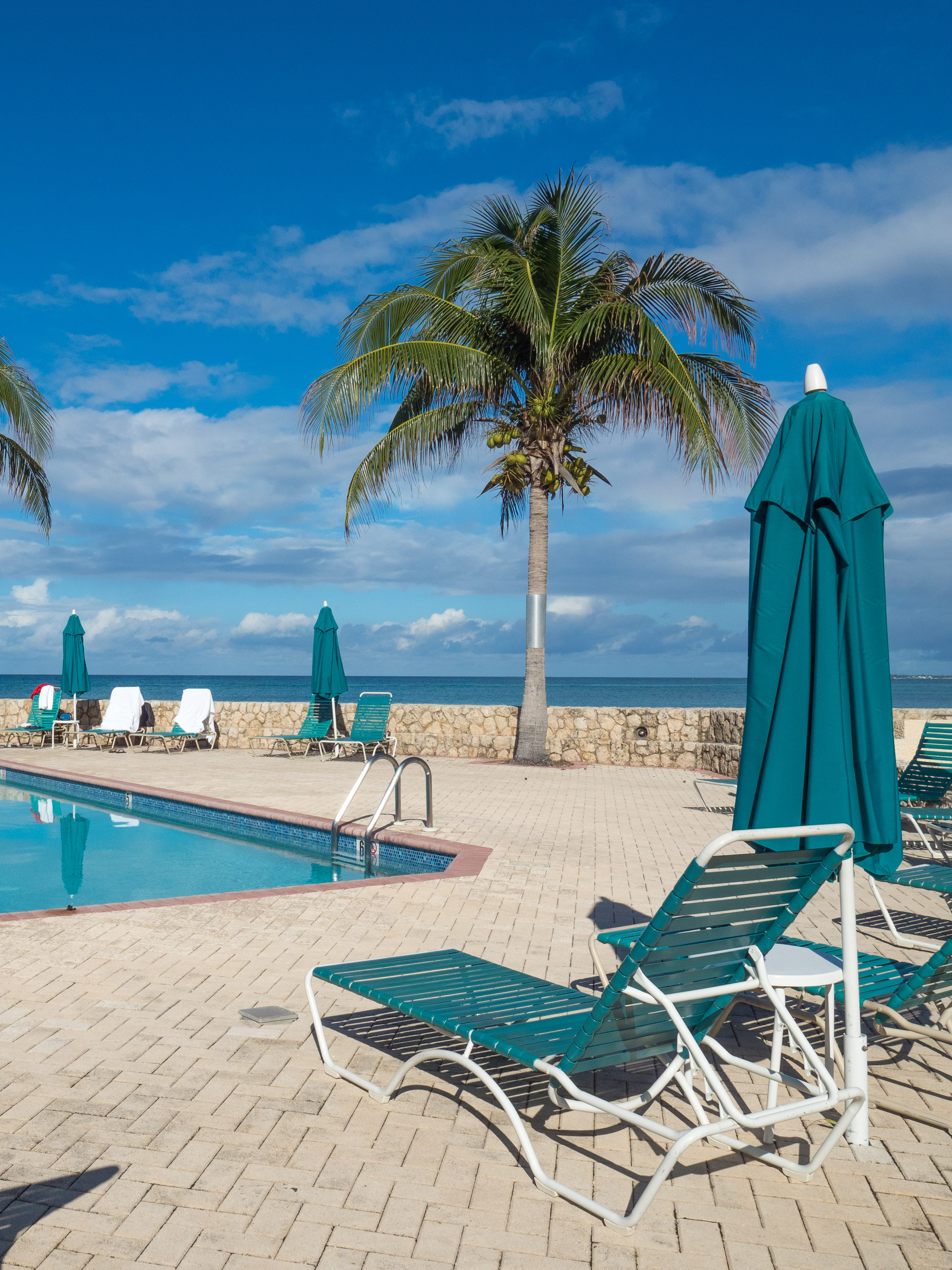 Plantation Village Oceanfront Pool