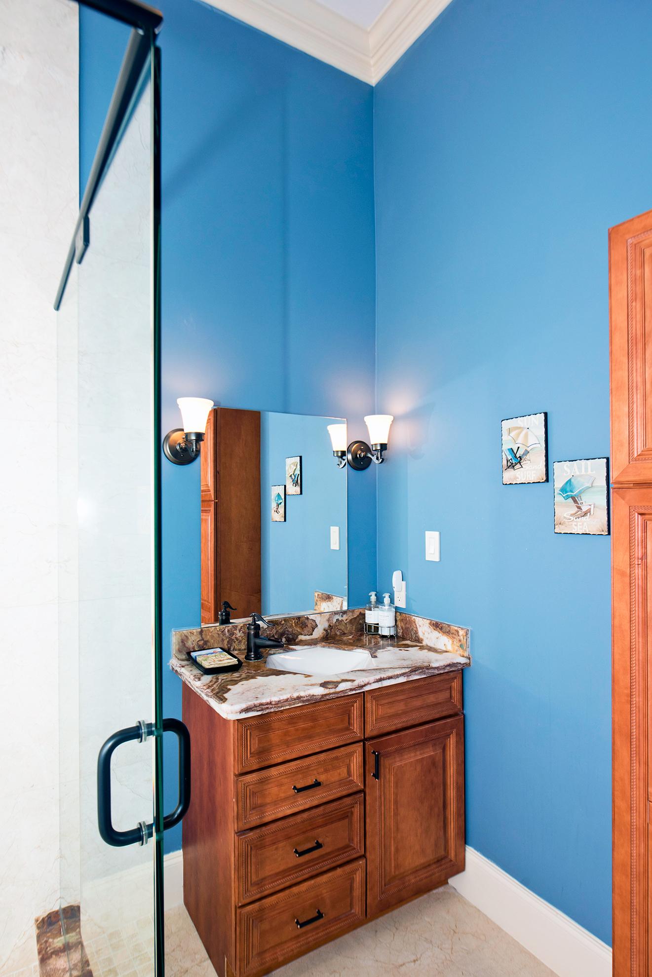 Faroway 3rd Guest Bath