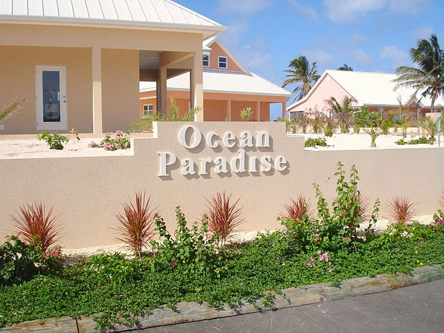 Ocean Paradise Entry