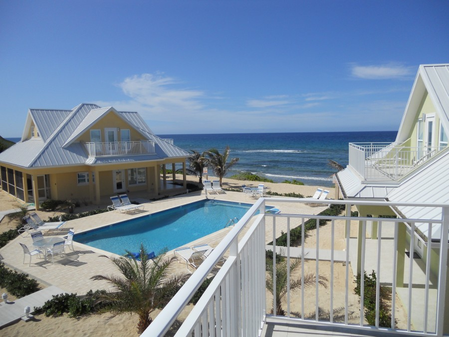 Unit 2 Pool and Ocean View