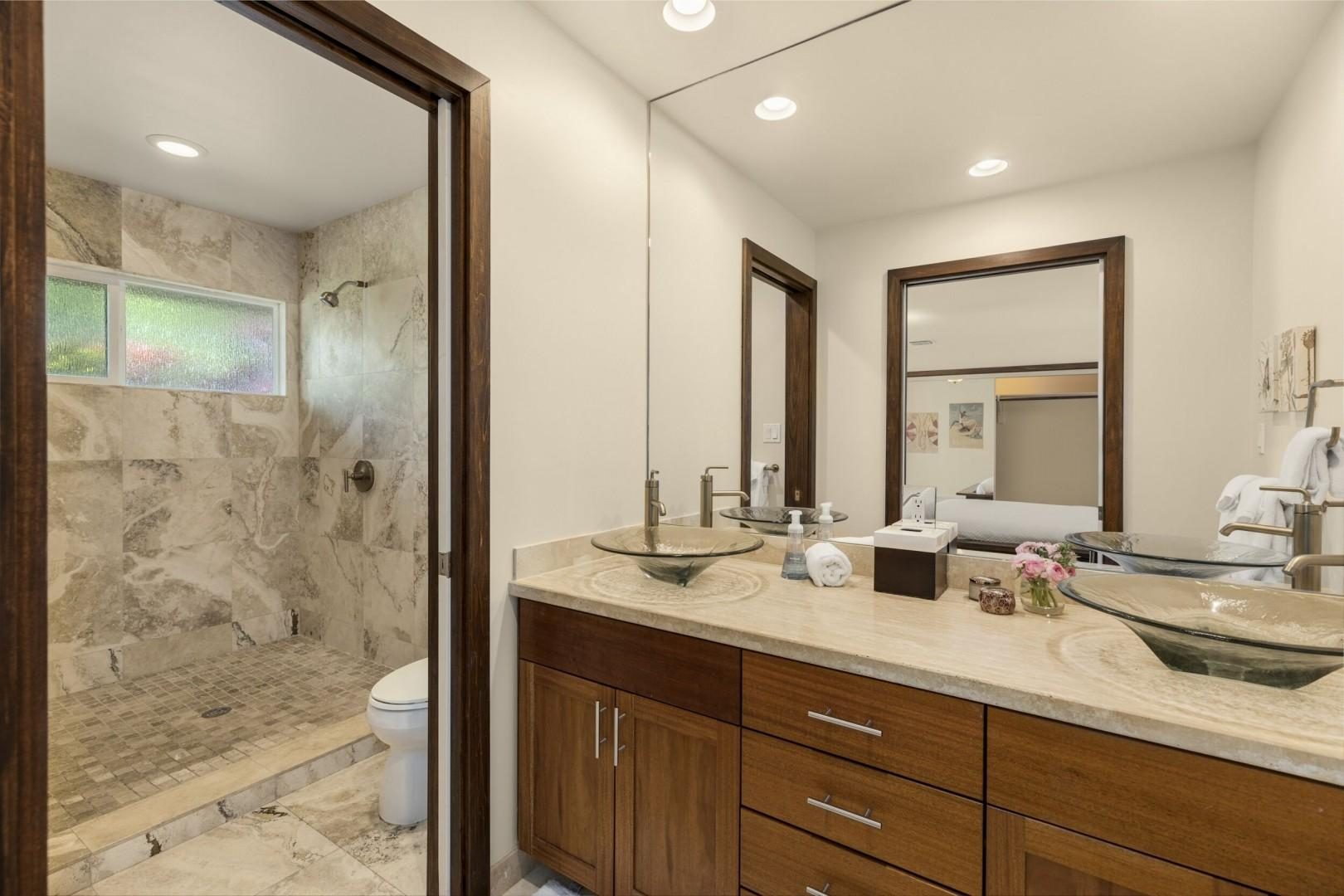 Second master bathroom.