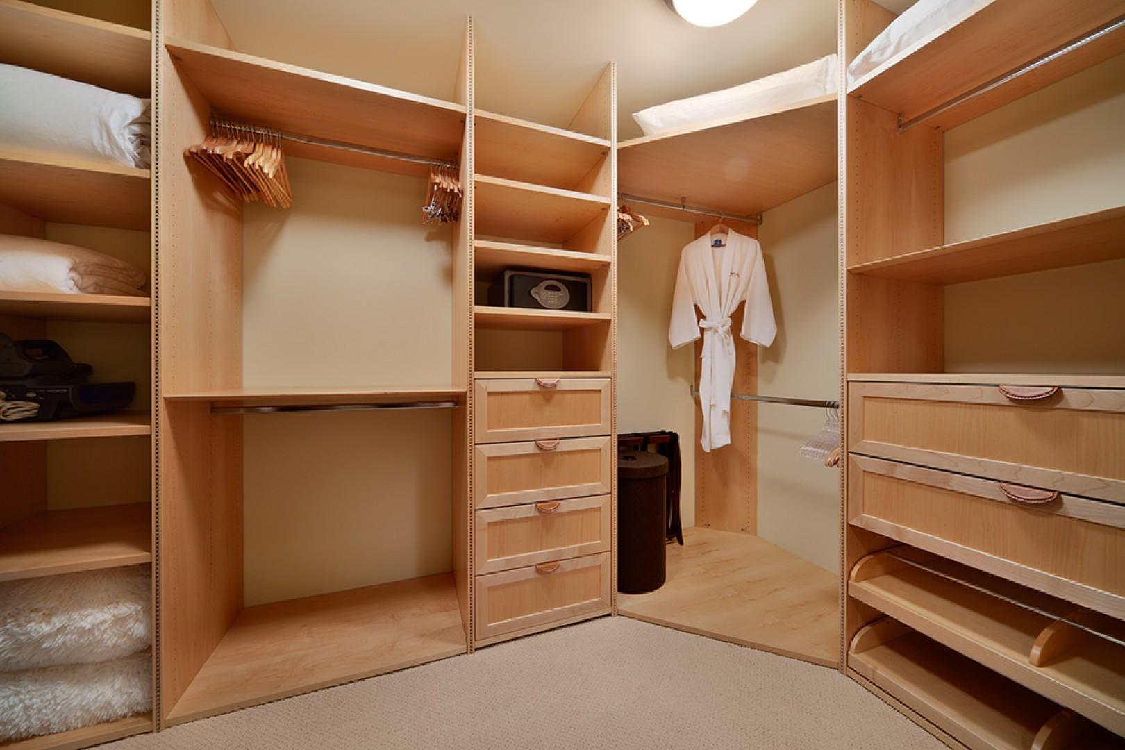 L509 Sandcastles Suite Master Bedroom Large Walk-in Closet with Custom Crafted Storage Compartments