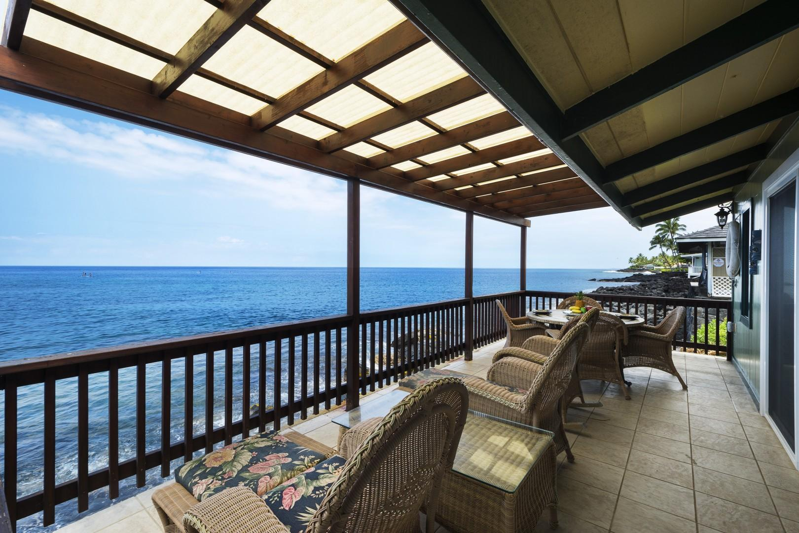 Large back Lanai with views that go on for miles!