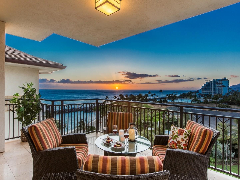Sunset ocean view from lanai