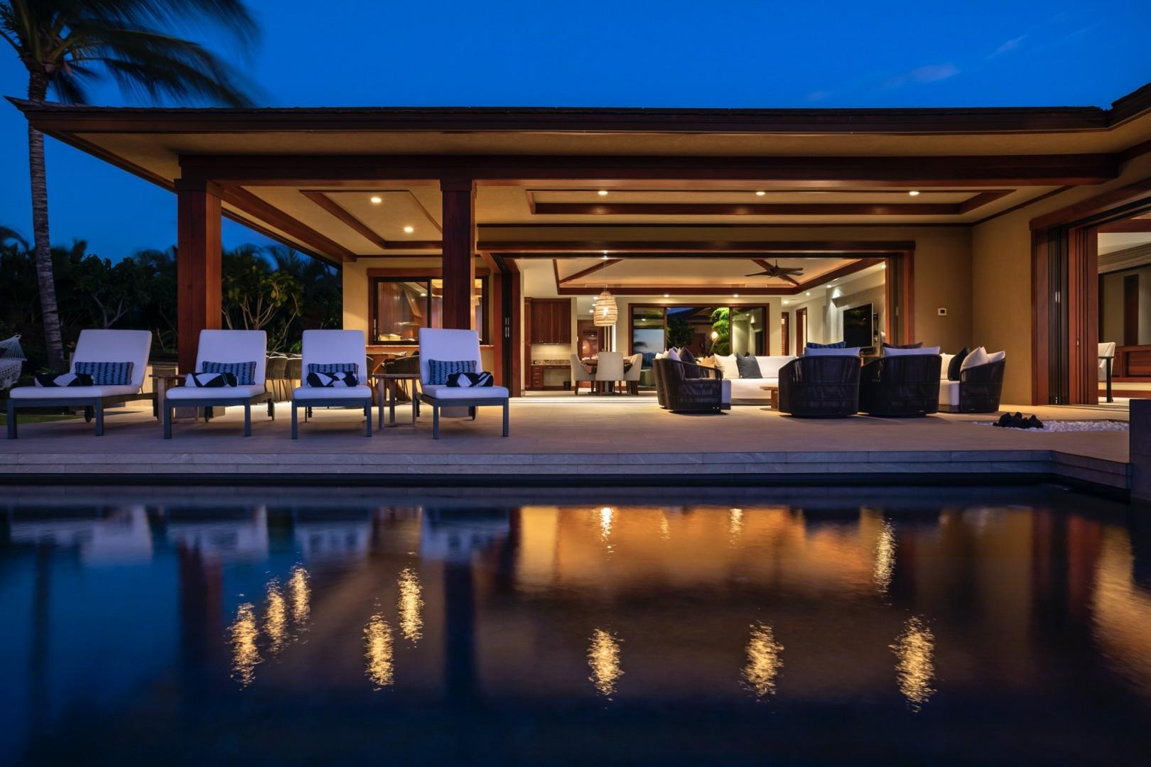 Pool, lanai and home at twilight. A perfect end to a perfect day in paradise.