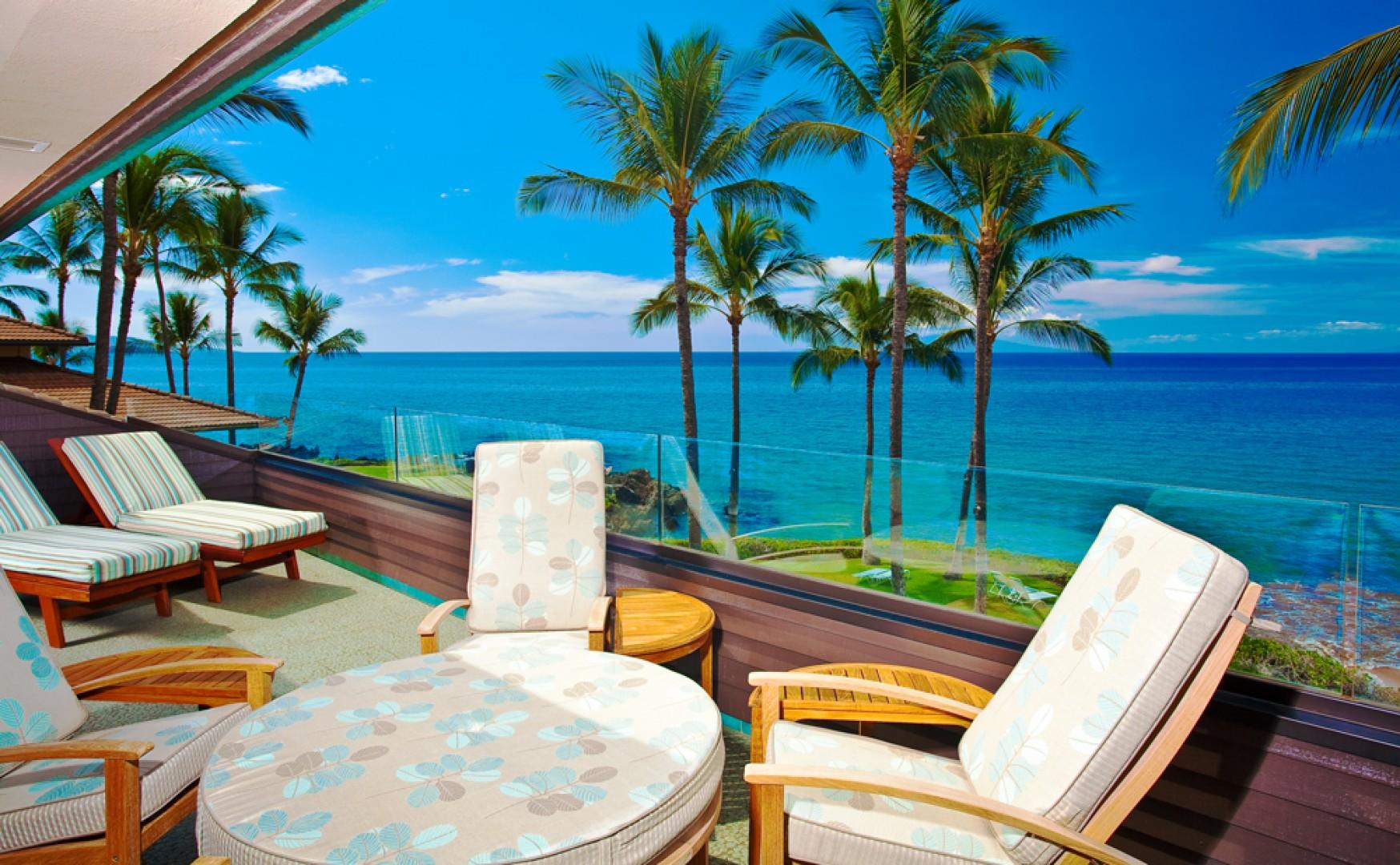 Outdoor Dining, Chaise Lounges and Cocktail Hour Chat Table at Sunny Surf E301 at Makena Surf Resort Overlooking Sandy Poolenalena Beach