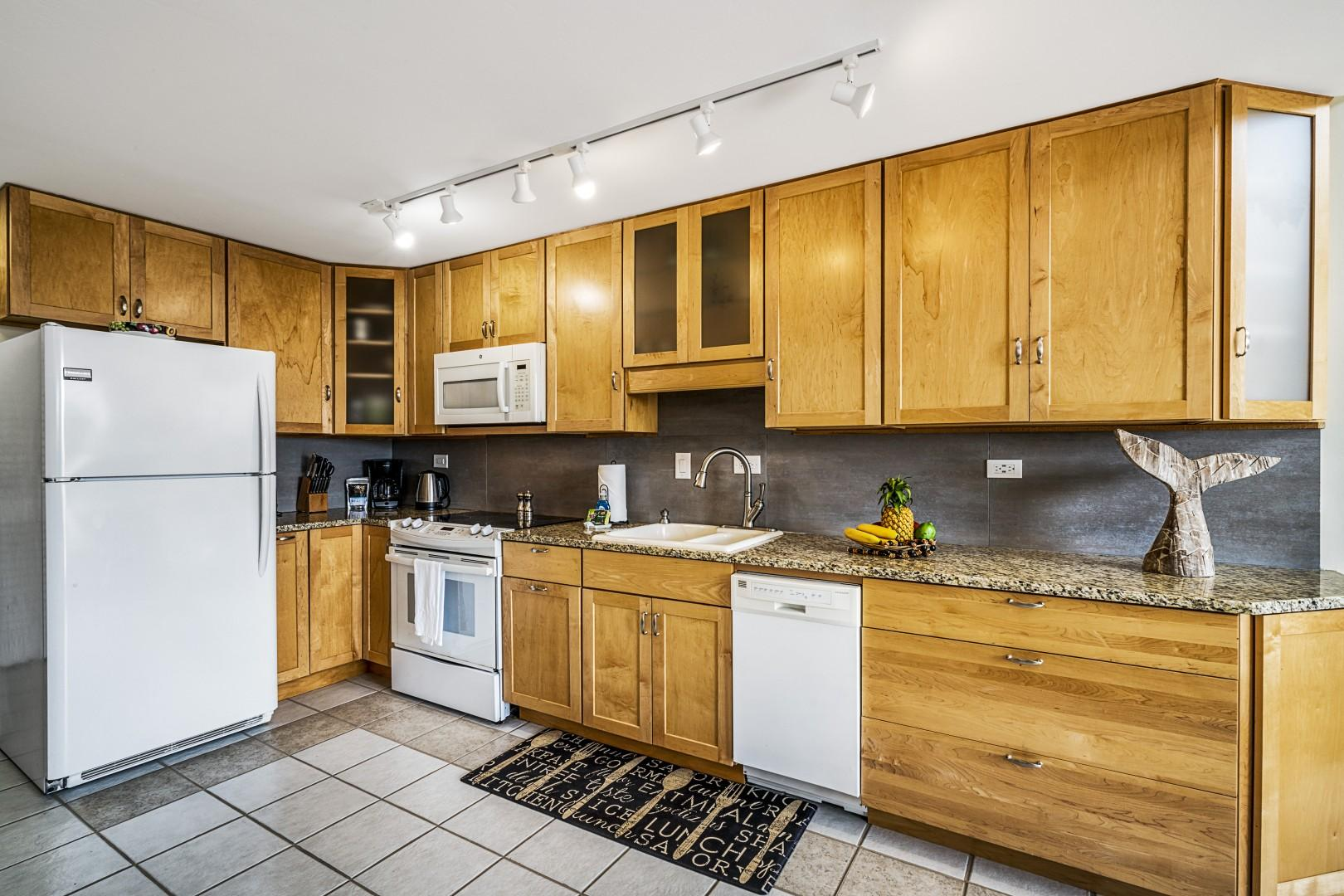 Open floor plan with fully equipped kitchen!