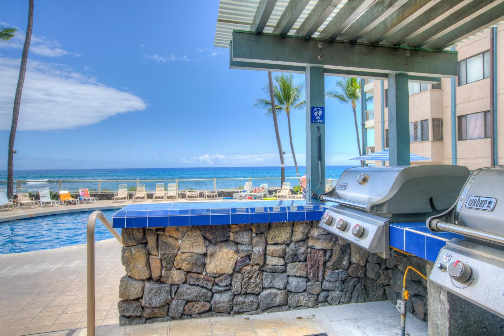 Lovely Oceanfront Pool Area with Spa and Barbecue Facilities.