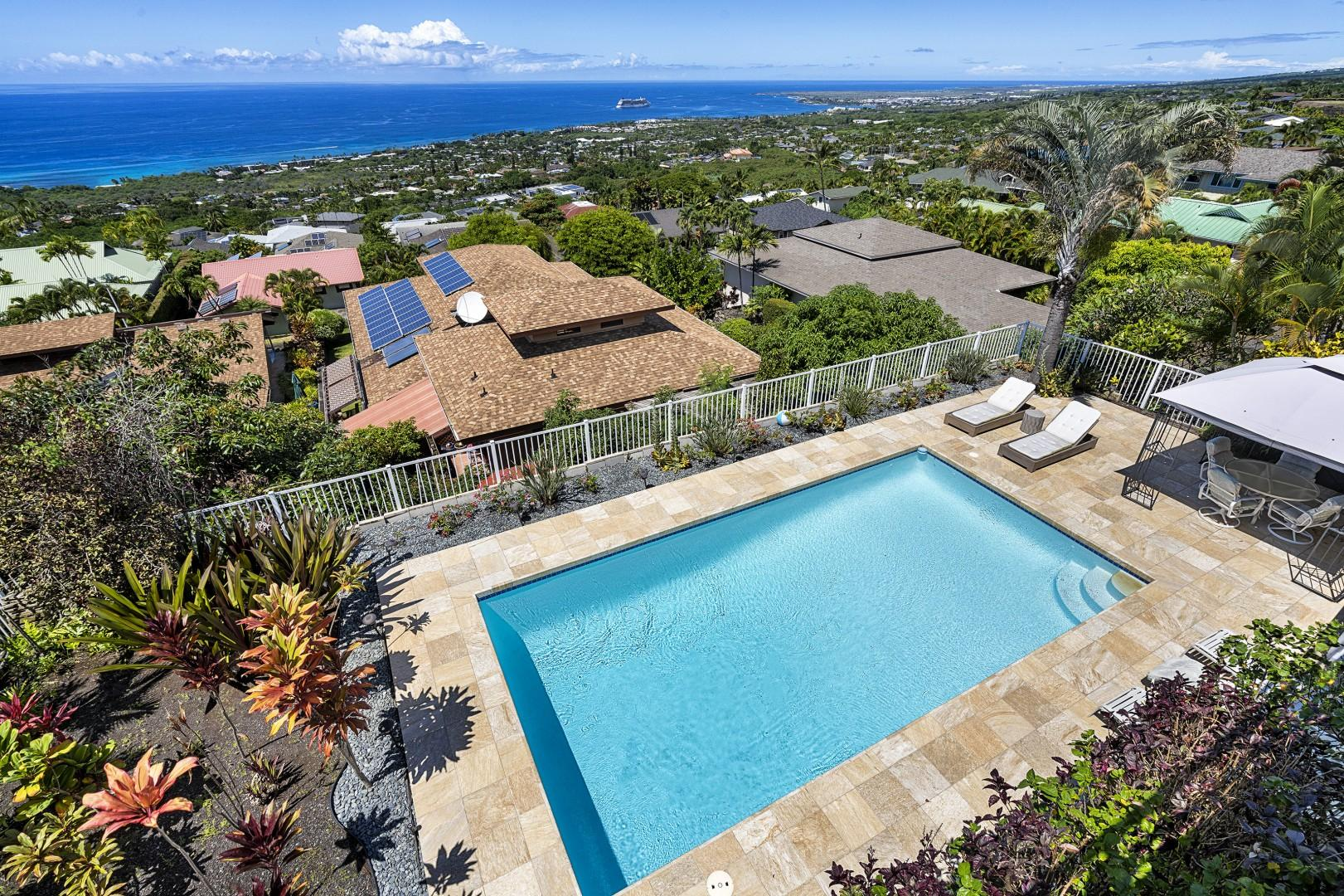 Overlooking the pool from the upstairs Lanai!
