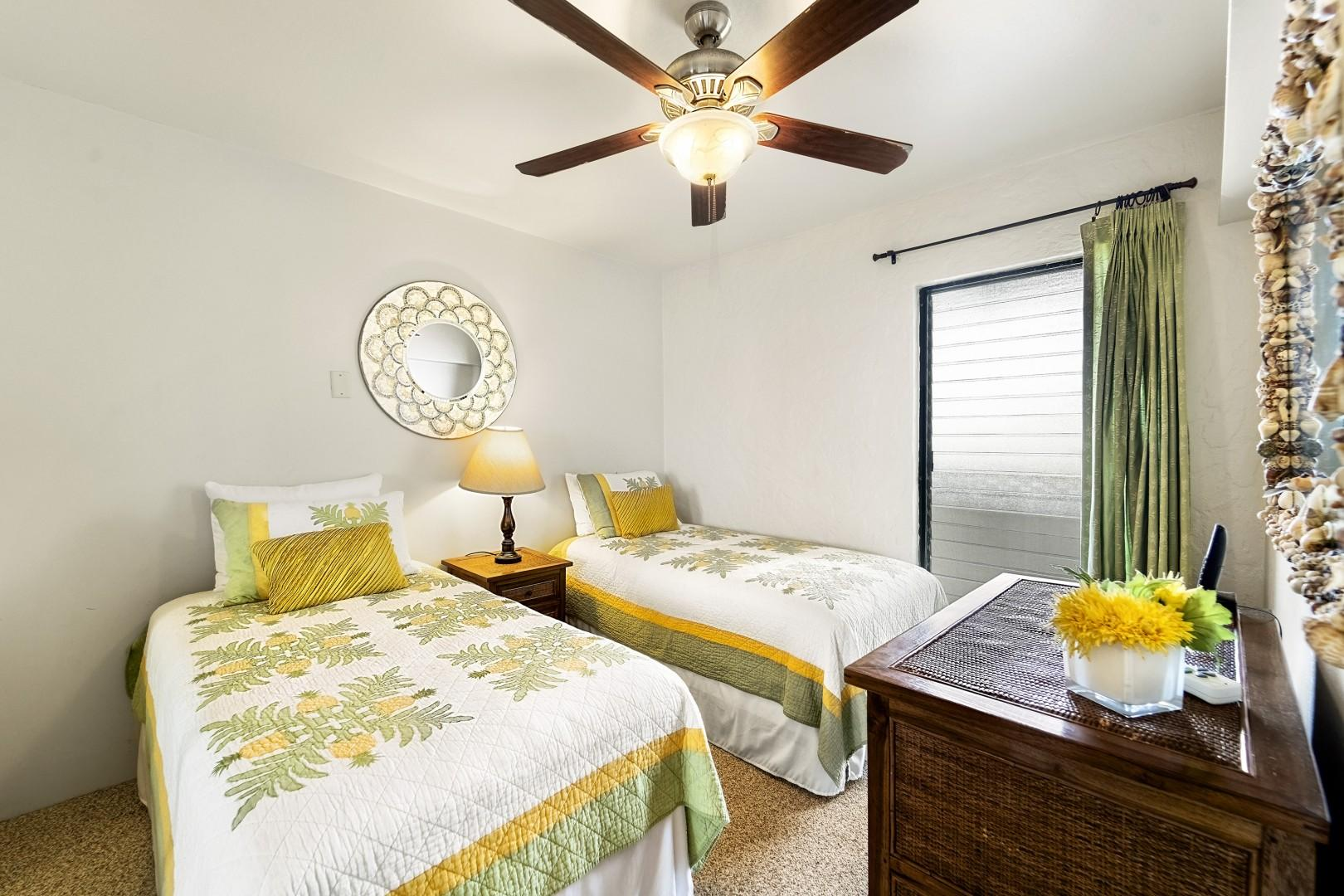 Guest bedroom equipped with 2 Twin beds and central A/C!