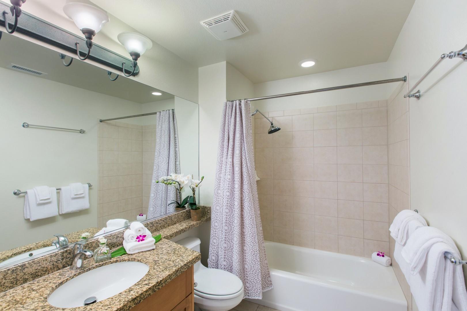 Second-floor full bathroom for the twin bedroom and queen bedroom.