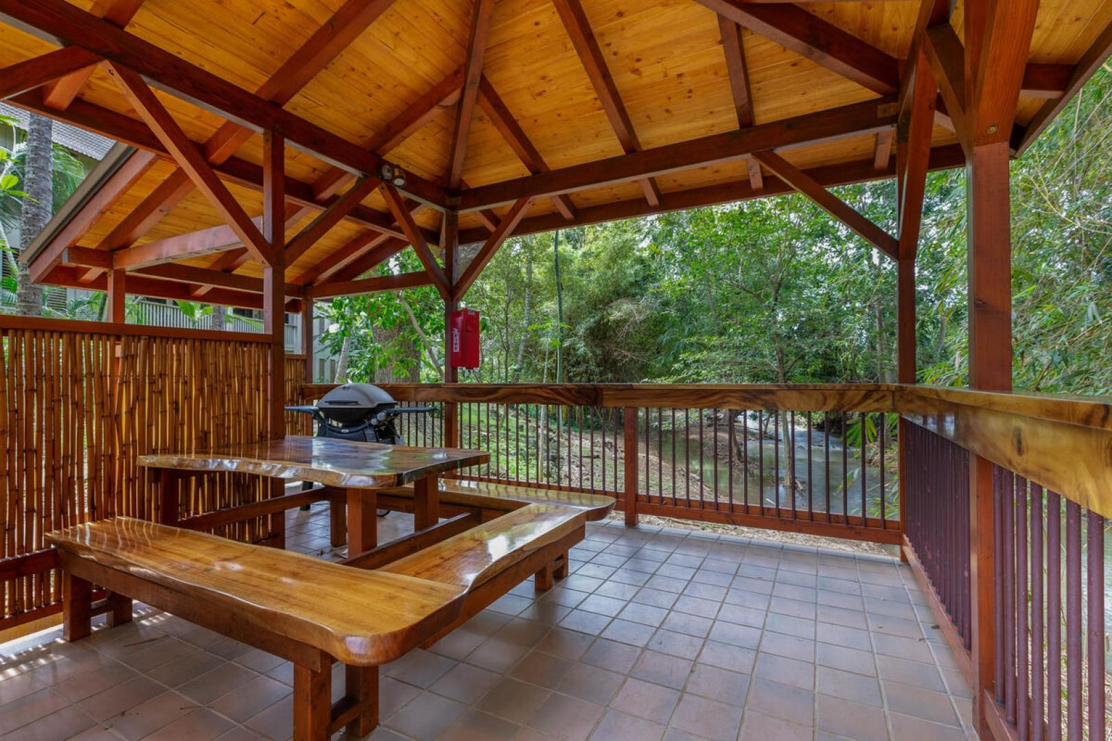 BBQ area with covered lanai