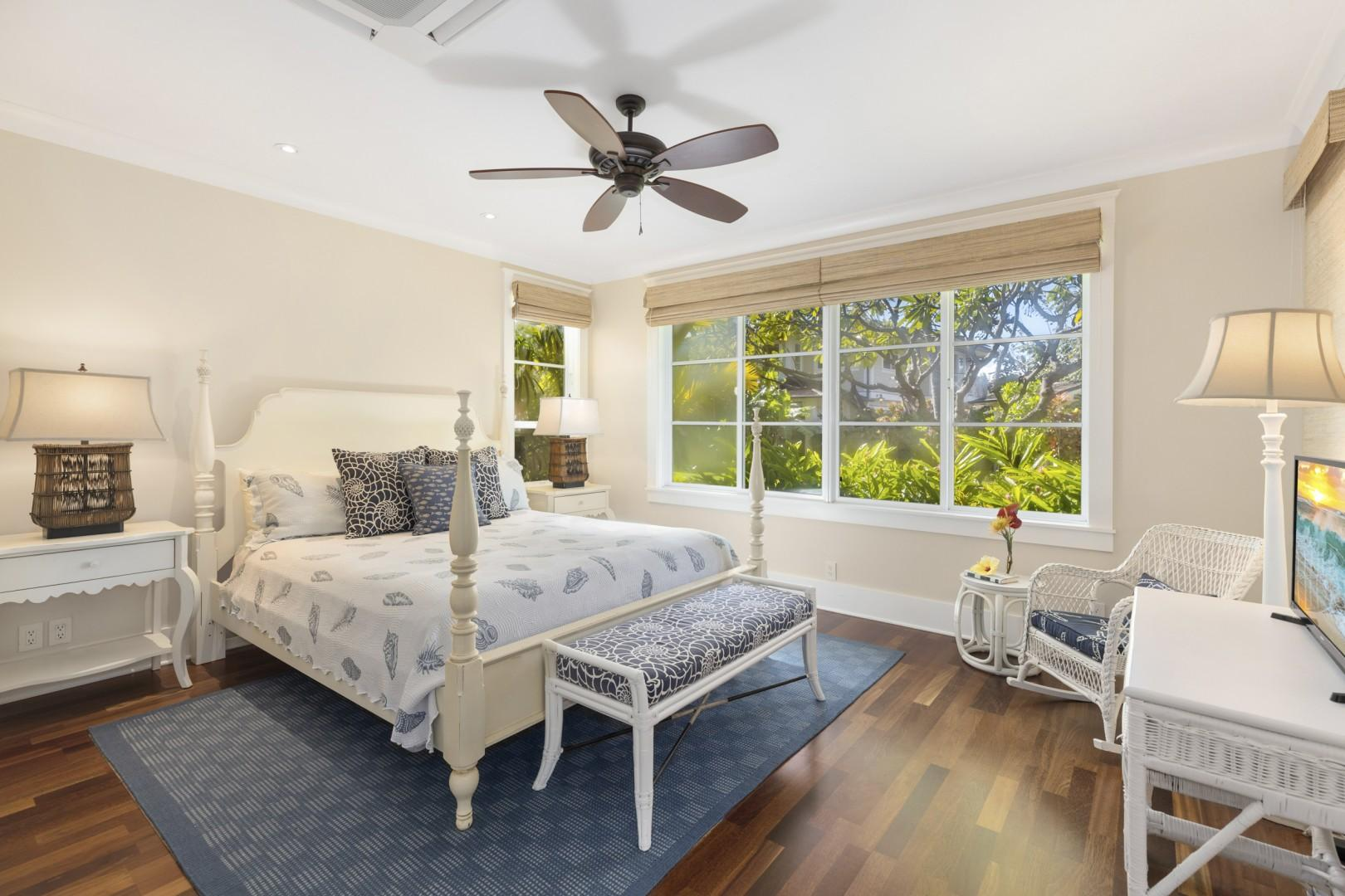 Second downstairs bedroom - Seashell Suite