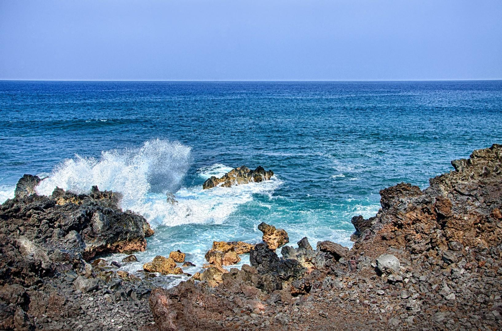 Oceans edge at Kanaloa