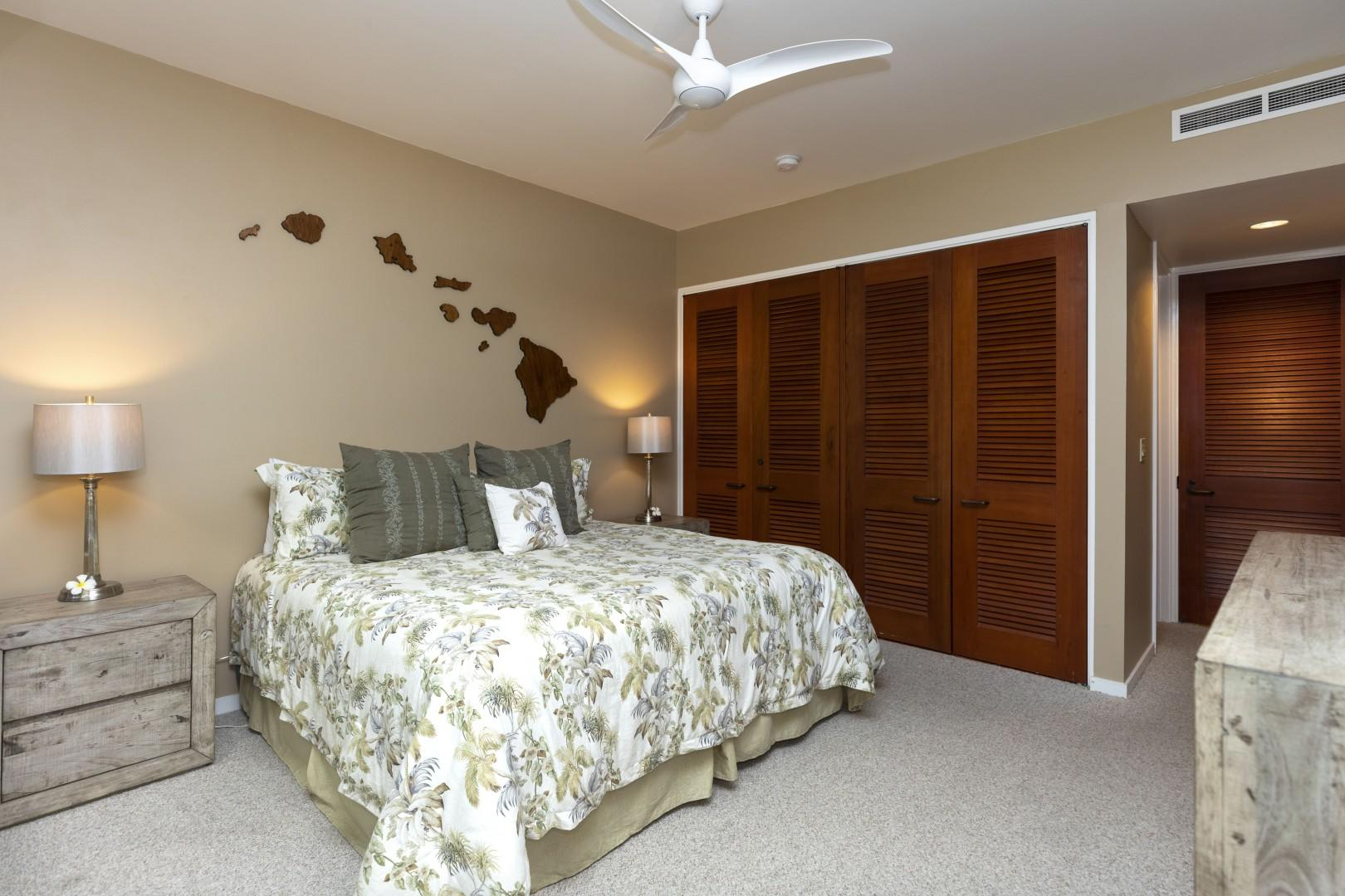 Enjoy a King bed and a great deal of space in the guest suite.
