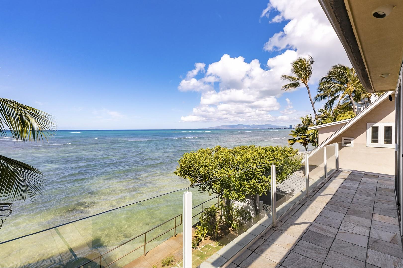 Master Suite covered lanai with ocean views.