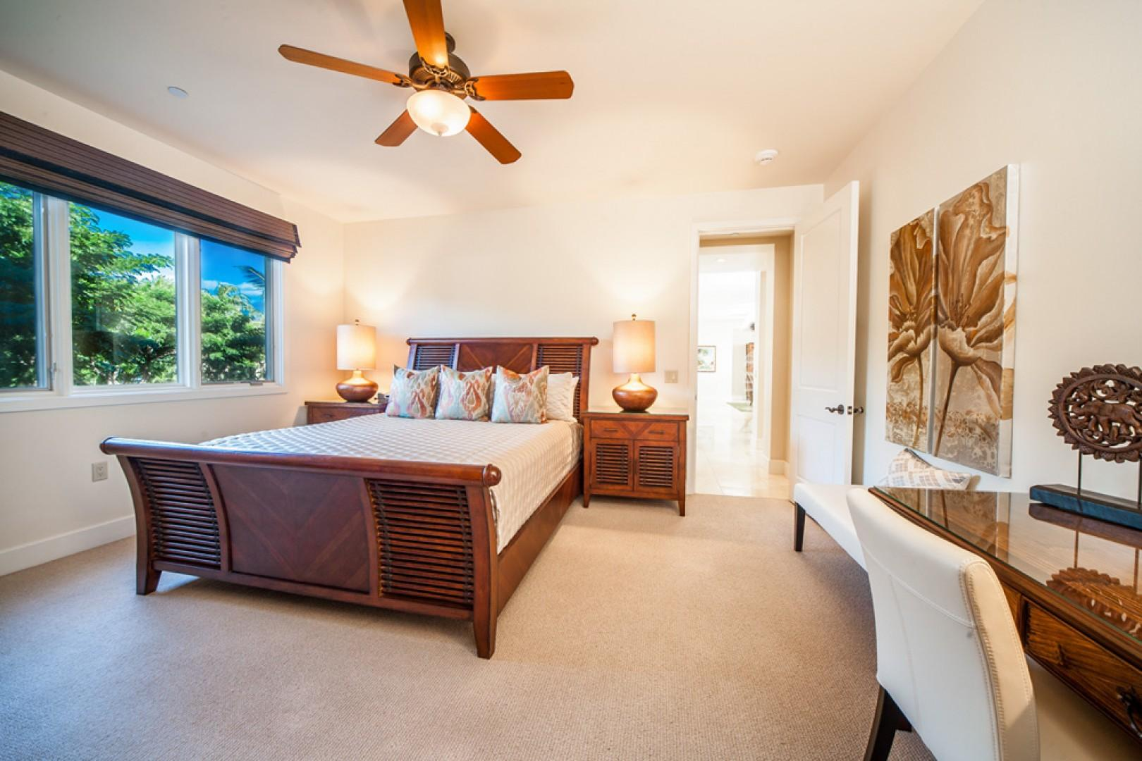 Blue Horizons K308 - Second Master Bedroom with King Bed, Private Tub/Shower Bath, Walk-In Closet, Desk, HDTV, HD Cable, CD/DVD