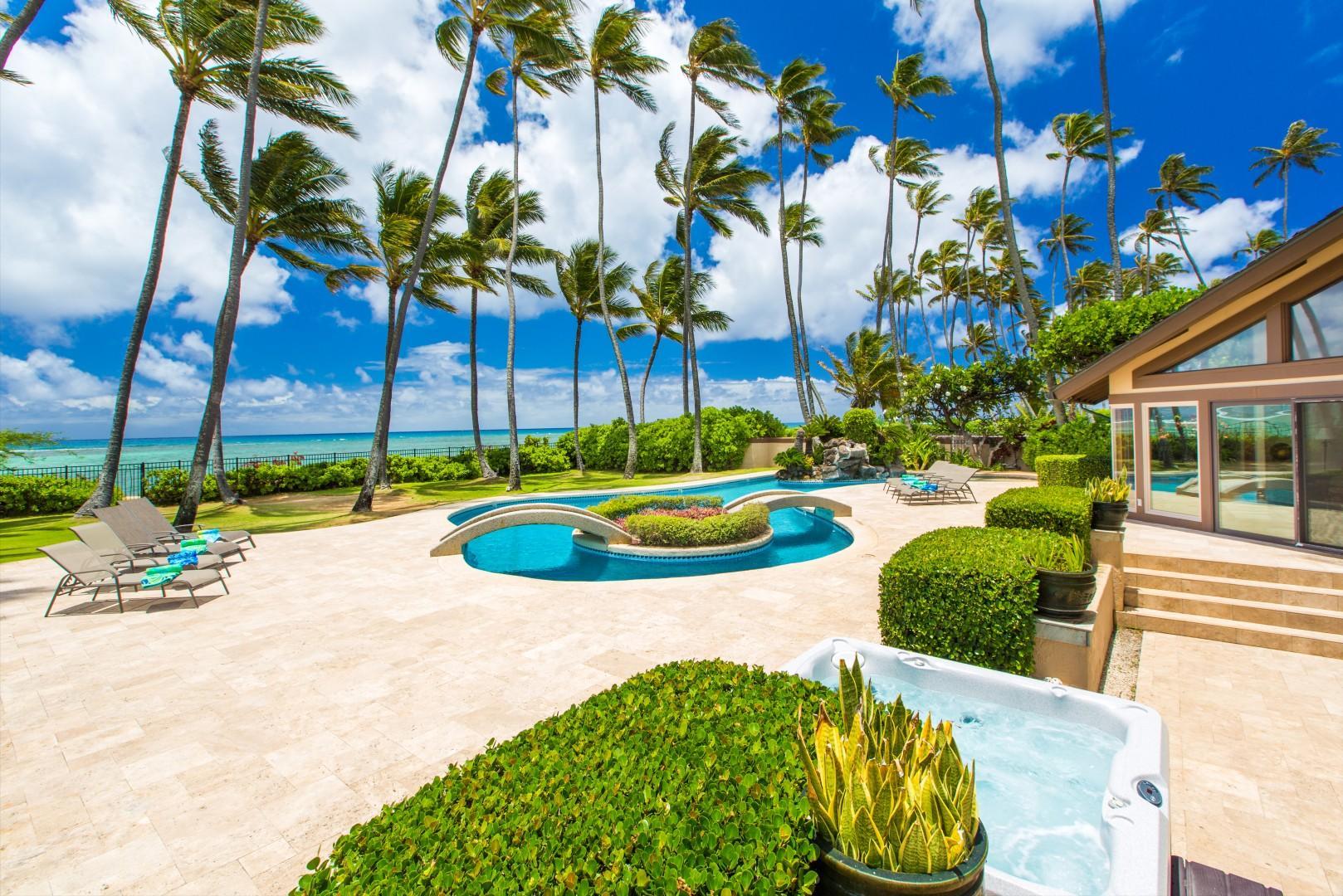 Oceanfront pool lanai